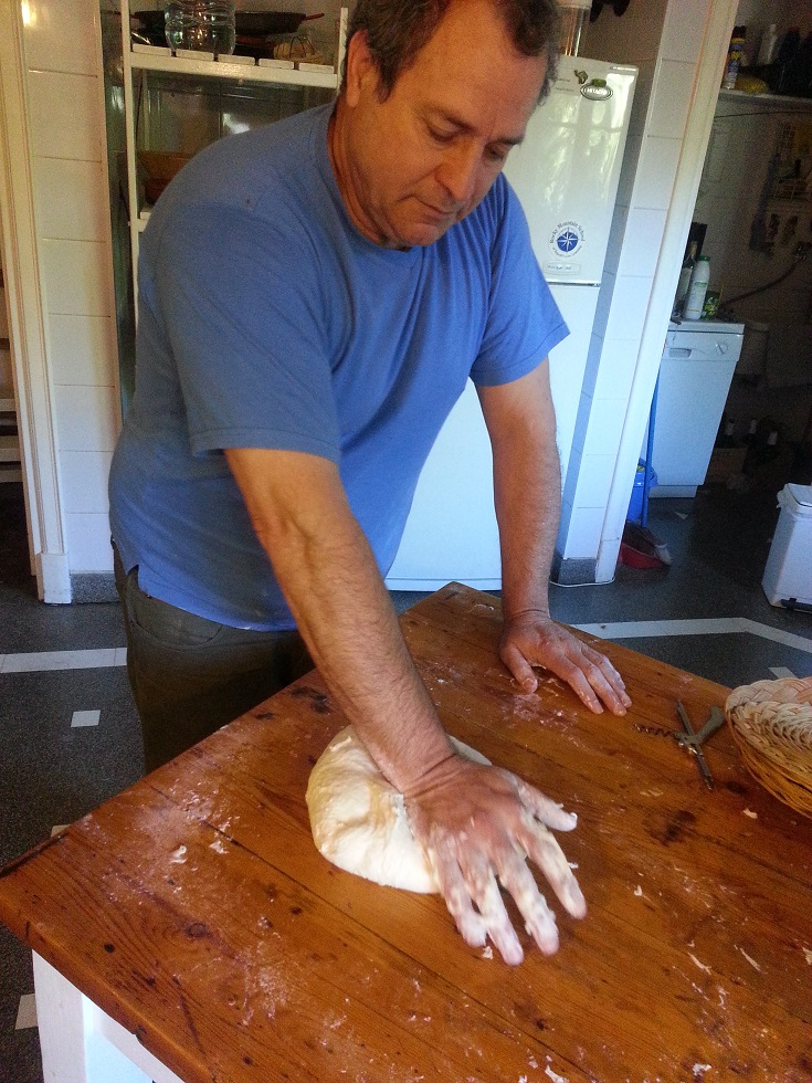 Elaboración del pan hecho a mano