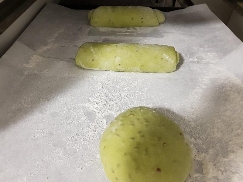 Pan con algas marinas